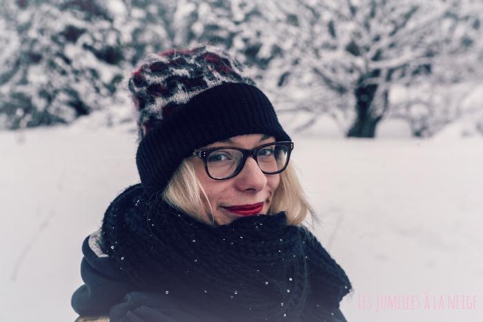 Les jumelles dans la neige