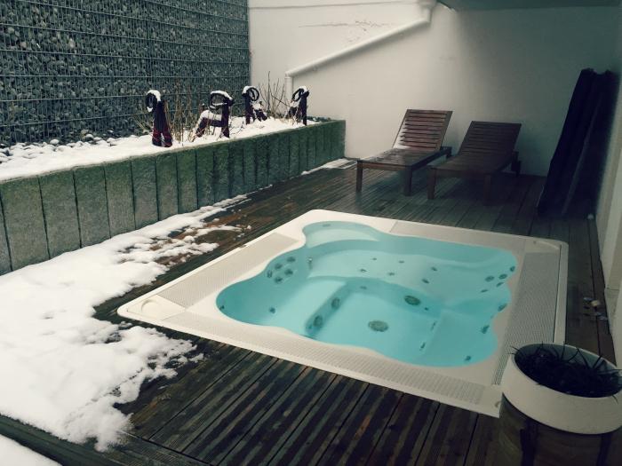 spa villa novarina 8