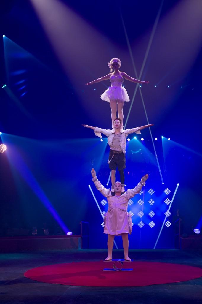 cirque arlette gruss-trio markins 2